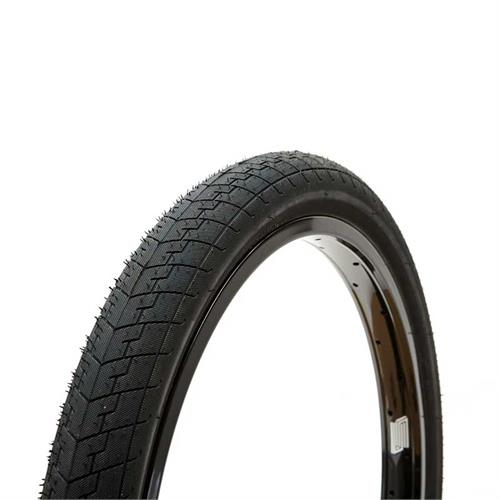 United Direct 18 Inch Tire